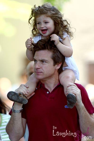 Jason Bateman takes daughter Francesca and wife Amanda to a Brooklyn park