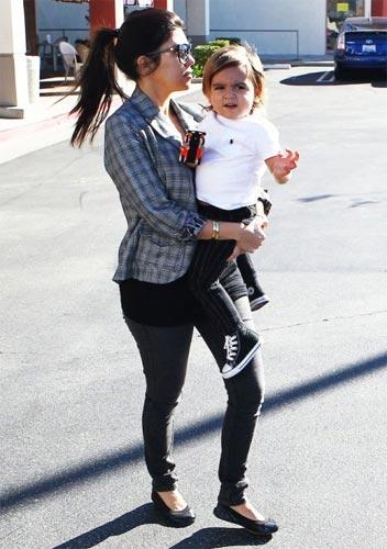 Kourtney-Kardashian-Mason-Pregnant